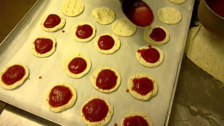 Coma Fare le Pizzette di Pasta Sfoglia - Ricette Dolci e Cucina