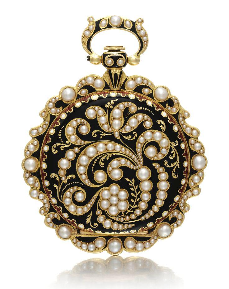 SWISS AN 18K YELLOW GOLD, ENAMEL AND PEARL-SET WATCH CIRCA 1840