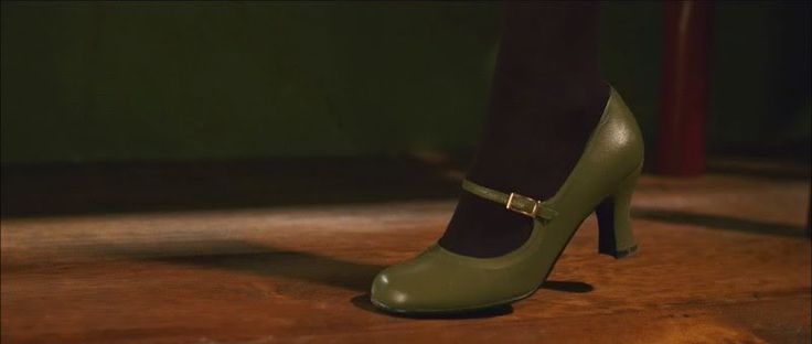 LOVE these shoes.... From the film Penelope ( I LOVE ALL of Christina Ricci's outfits in it!)