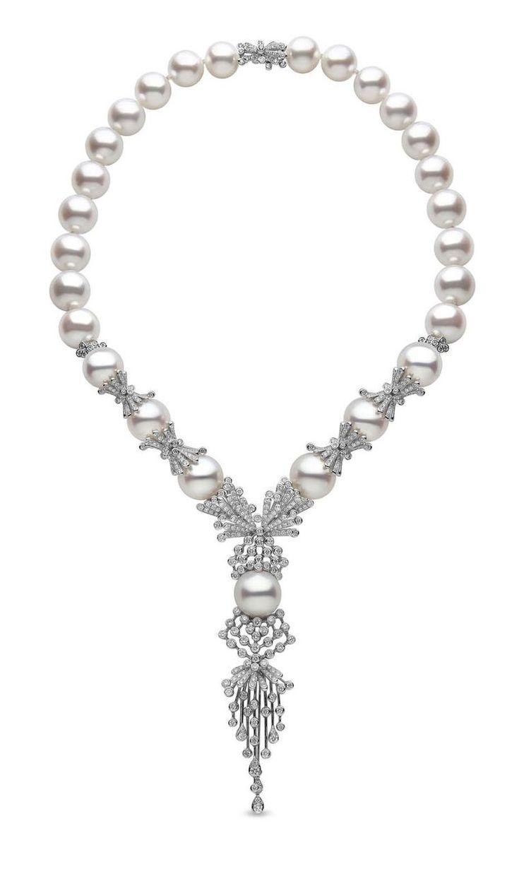 Supermodel Natalia Vodianova stuns in a YOKO London pearl necklace