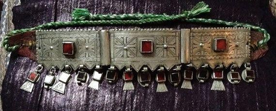 Oude Berber hoofdband of Belt met rood glas Anti door TuaregJewelry