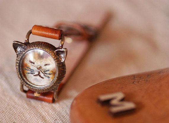Vintage Watch. Handmade Leather Band ///////// Handcraft Watch ///////// A cute Cat NekoNeko