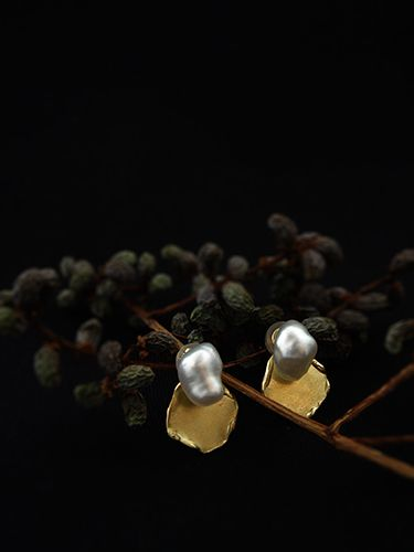 [Pearl Collection : 058] Pierces-K18YG/Keshi Pearl