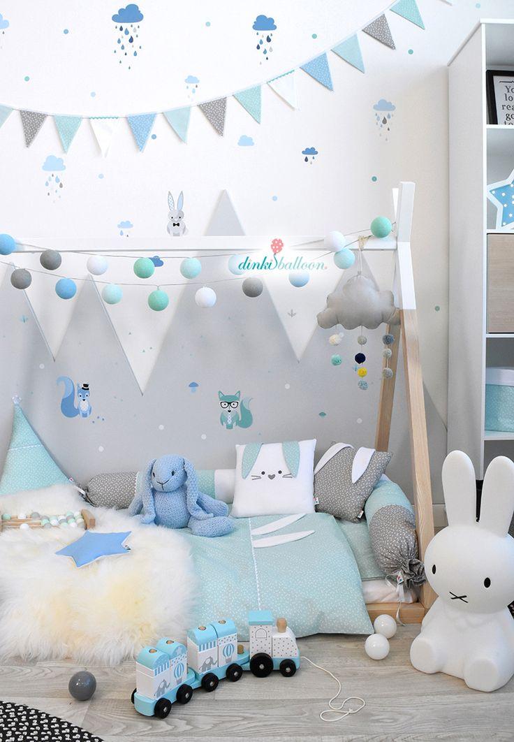 Liebevoll verspieltes Kinderzimmer mit Waldtieren in blau/mint/grau #DinkiBalloon #Kinderzimmer #madeingermany