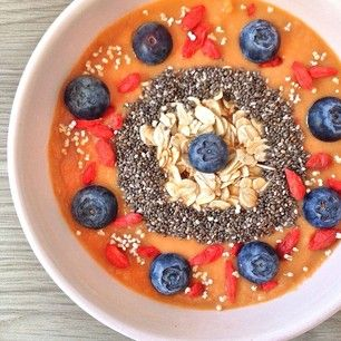 """""""Bullseye! Totally nailing the smoothie bowl game, guys!"""" 