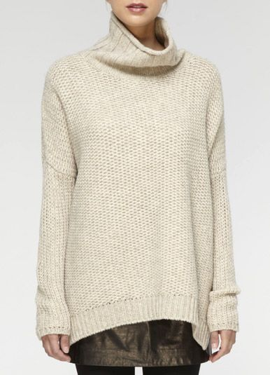 big and cozy: Turtleneck Sweaters, Leather Skirts, Chunky Sweaters, Vince Sweaters, Over Sweaters, Vince Turtleneck, Leather Legs, Cozy Sweaters, Honeycombs