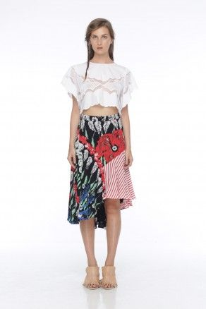 The Story Of Clothing Invincible embroidery top and Brooklyn asymmetrical skirt #thestoryof #womenfashion #womensclothing #womentop #womenskirt #embroidery #hibiscus