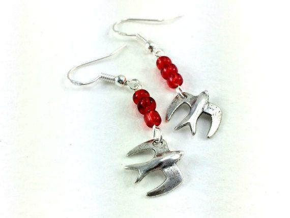 Rockabilly Kitsch Beaded Swallow Earrings 1950s by KitschBride