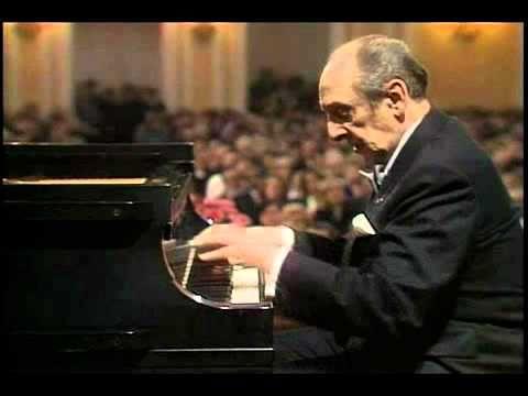 """Vladimir Horowitz plays Chopin """"Ocean"""" Etude Op.25 No.12 in C Minor"""