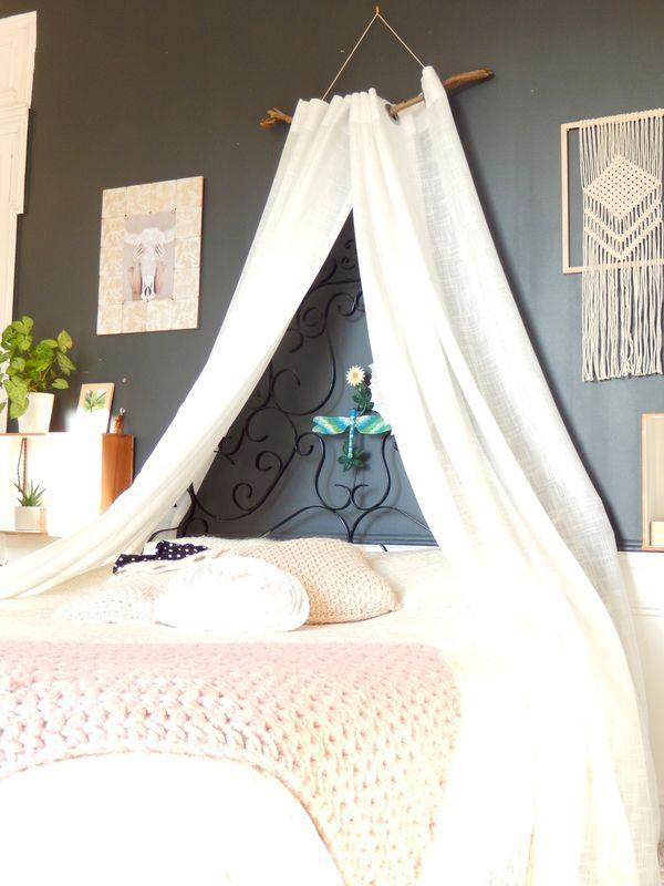 Diy Ciel De Lit Nature Et Boheme 1 Astucesbebe Chambrebebefille Couturebebe Diversificationalimentairebebe Diybebe House Frame Bed Minimalist Room Bed