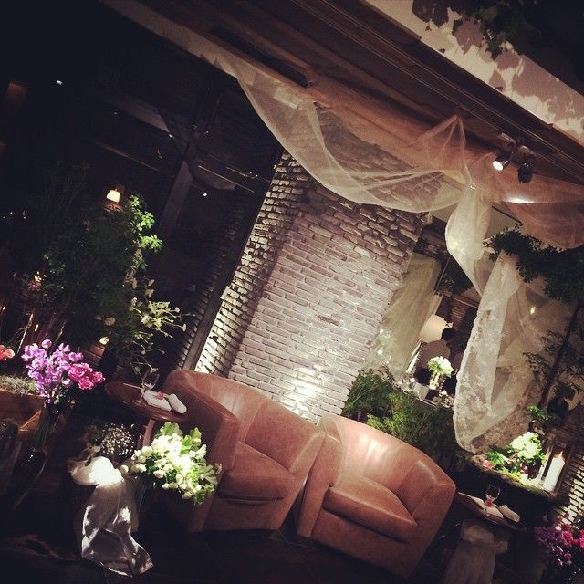 「#magritte_wedding #okayama#magritte #wedding#gothamhall #新郎新婦席 #coordinate#flower」