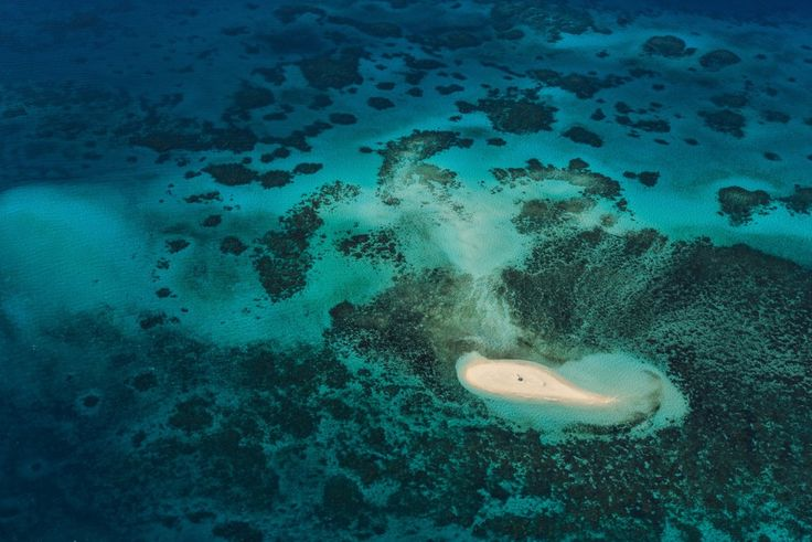 Ο Μεγάλος Κοραλλιογενής Ύφαλος στην Αυστραλία - IMAGE: ABDULLAH ALBAKER / NATIONAL GEOGRAPHIC TRAVELER PHOTO CONTEST