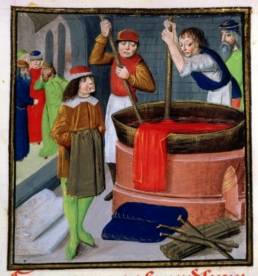 Roy 15 E III f.269 Dyeing cloth, from Des Proprietez des Choses by Bartholomaeus Anglicus, 1482 (vellum)