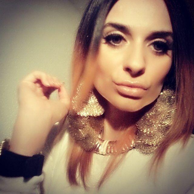 #selfie #selfienation #selfies #rimini #stuttgart #zürich #switzerland #germany #italia #italiana #italiangirl #followme #follow4follow #follow #followforfollow #bosnian #bosanka #bosniangirl #düsseldorf #frankfurt #münchen #napoli #milano #hashtag #cesenatico #roma #bologna by md_030