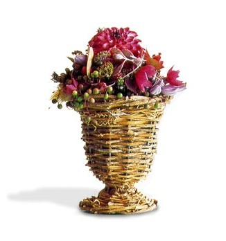 Dazzling Ready Made arrangements.   speakingpetal.com