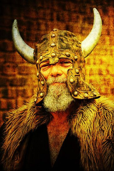 This Viking looks like the sort of fellow I'd like to drink with.