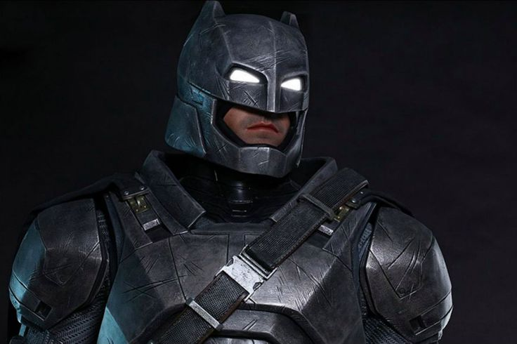 Life-Size 2.2m Tall Armored #Batman #Collectible #Inviverse