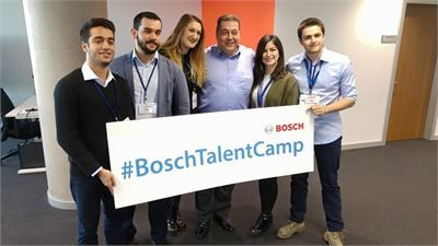Bosch Talent Camp Kaşifleri ve Steven Young