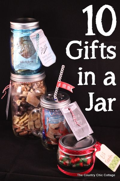 10 Gifts in a Jar -- get 10 ideas for gifts in jars in a fun 10 minute video.  Great quick and easy gift ideas in this post! #easyholidayideas