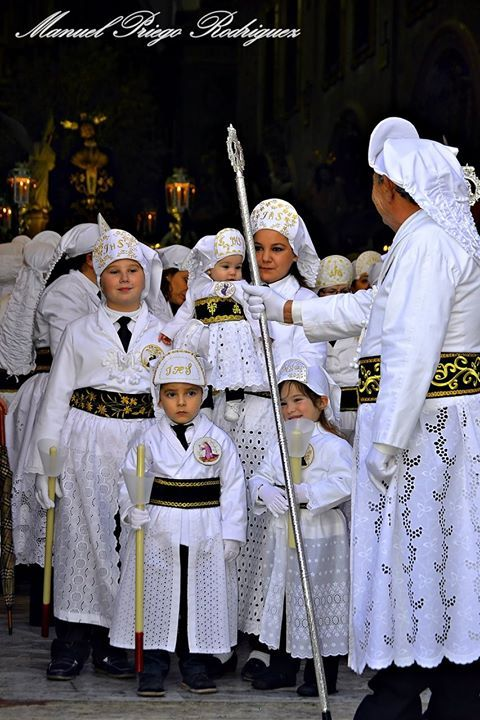 Hermandad de Jesús del Huerto 'Trajecillos Blancos'