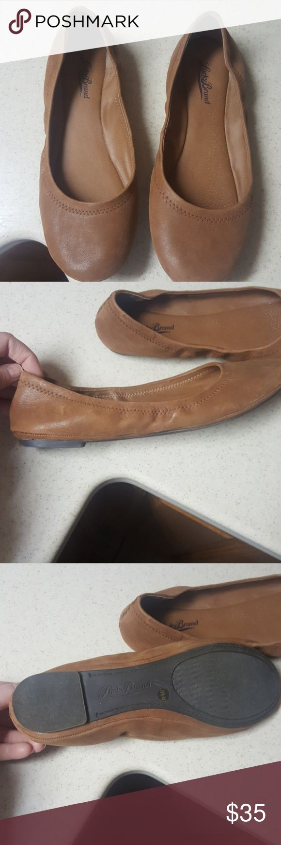 Lucky Brand Flats, worn a few times Comfy popular flats, great color Lucky Brand Shoes Flats & Loafers