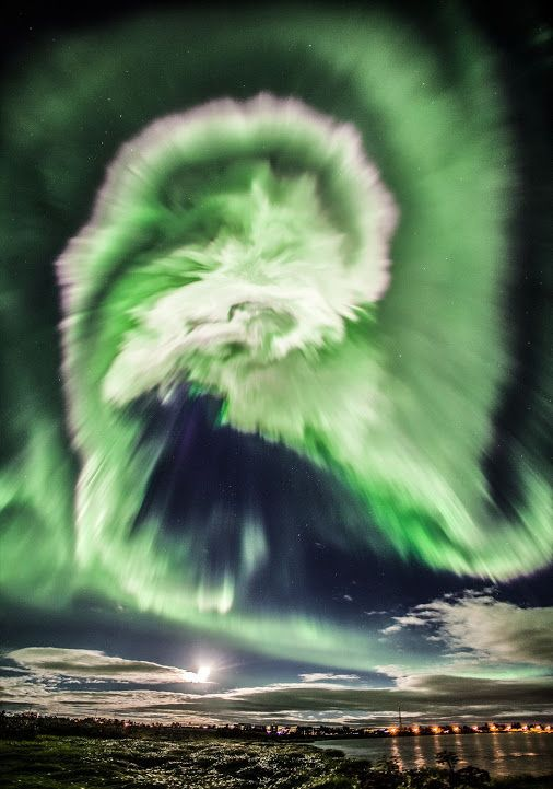 spiral #Aurora over #Iceland | What was happening in the sky? A dawn! Captured in Iceland, Icelanders highlighted this aurora brightness and rapid development. The aurora is the result of a solar storm, with high-energy particles that shoot out from the Sun than a few days penetrate through a crack in the Earth's protective magnetosphere. Although you can discern a spiral pattern, in this glow complex creative humans can imagine a common icons full of atmospheric appearance.