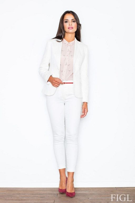 Women's pants with a higher status in shades of ecru