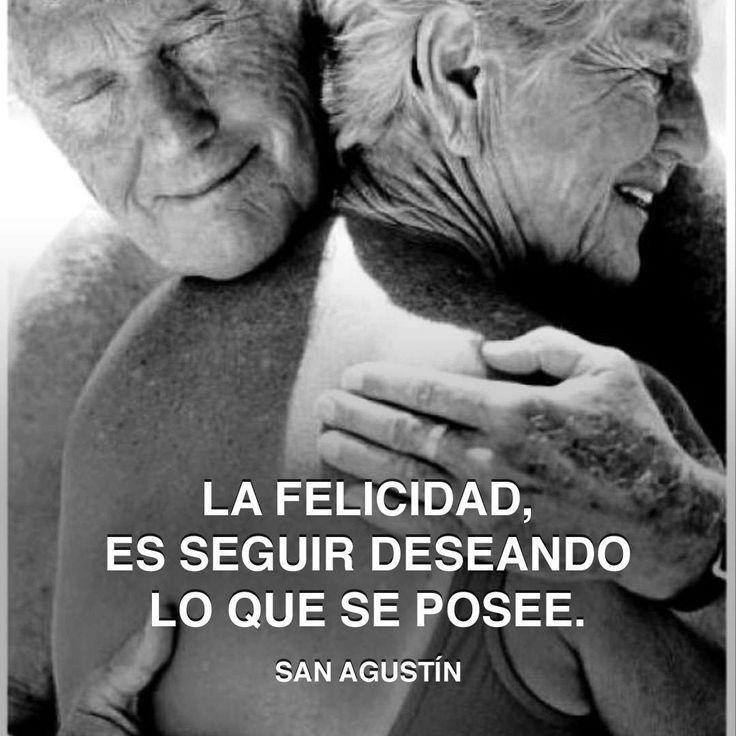 « La felicidad, es seguir deseando lo que se posee. » San Agustín #saint #felicidad #augustin http://www.pandabuzz.com/es/cita-del-dia/san-agustín-felicidad