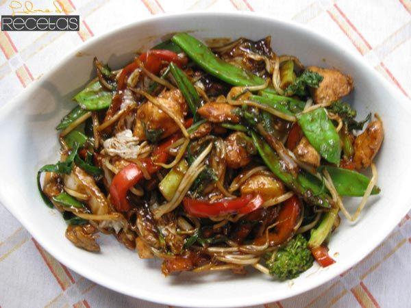 Pollo Saltado con Verduras
