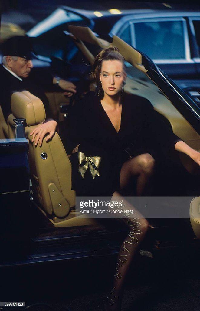 News Photo : Model Tatjana Patitz, stepping from car, wearing...