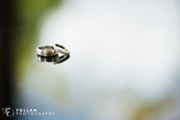 Wedding rings - Simple reflection