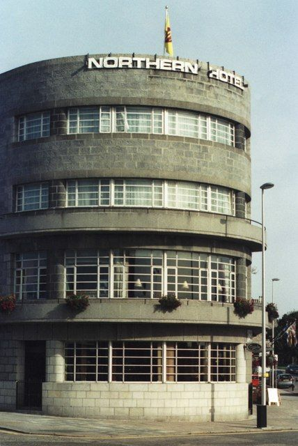 Art Deco Northern Hotel, Great Northern Road - Clifton Road East, Aberdeen by Alan Cooper, via Geograph