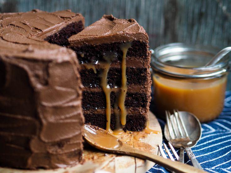 Sjokoladekake med rennende karamell_P2170088