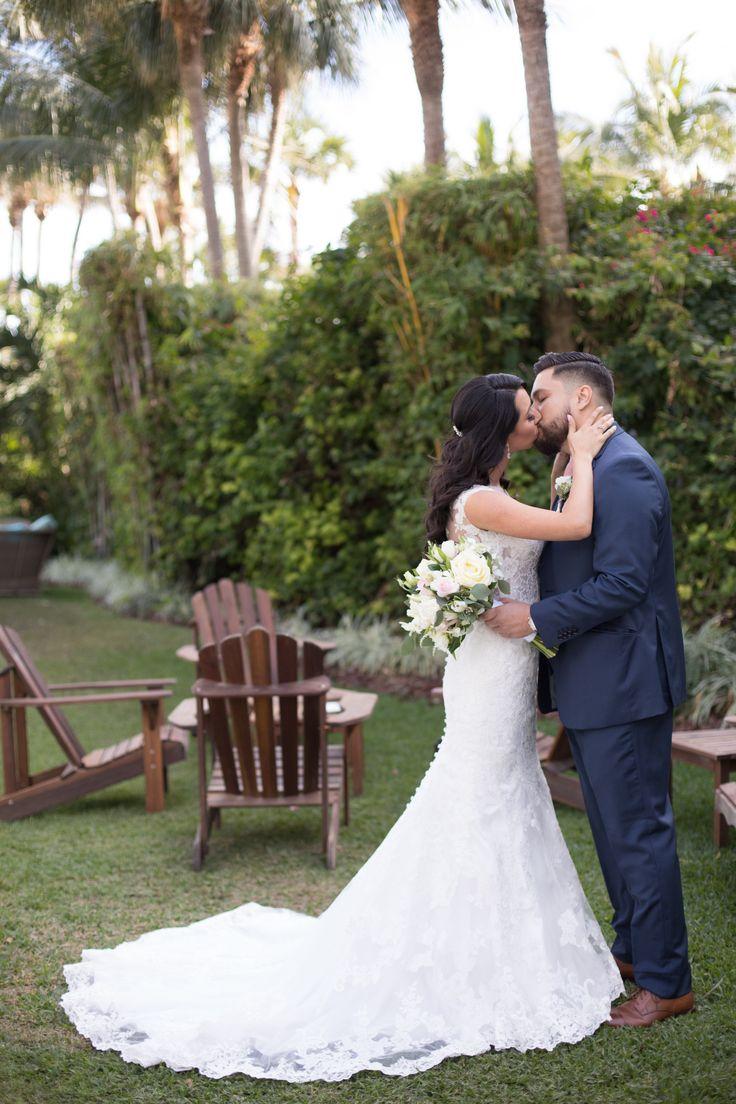 The Palms Hotel // Heather Funk Photography // Miami Beach // gazebo wedding // beach wedding // bridal gown // romantic wedding // wedding couple // boutonniere // bridal bouquet