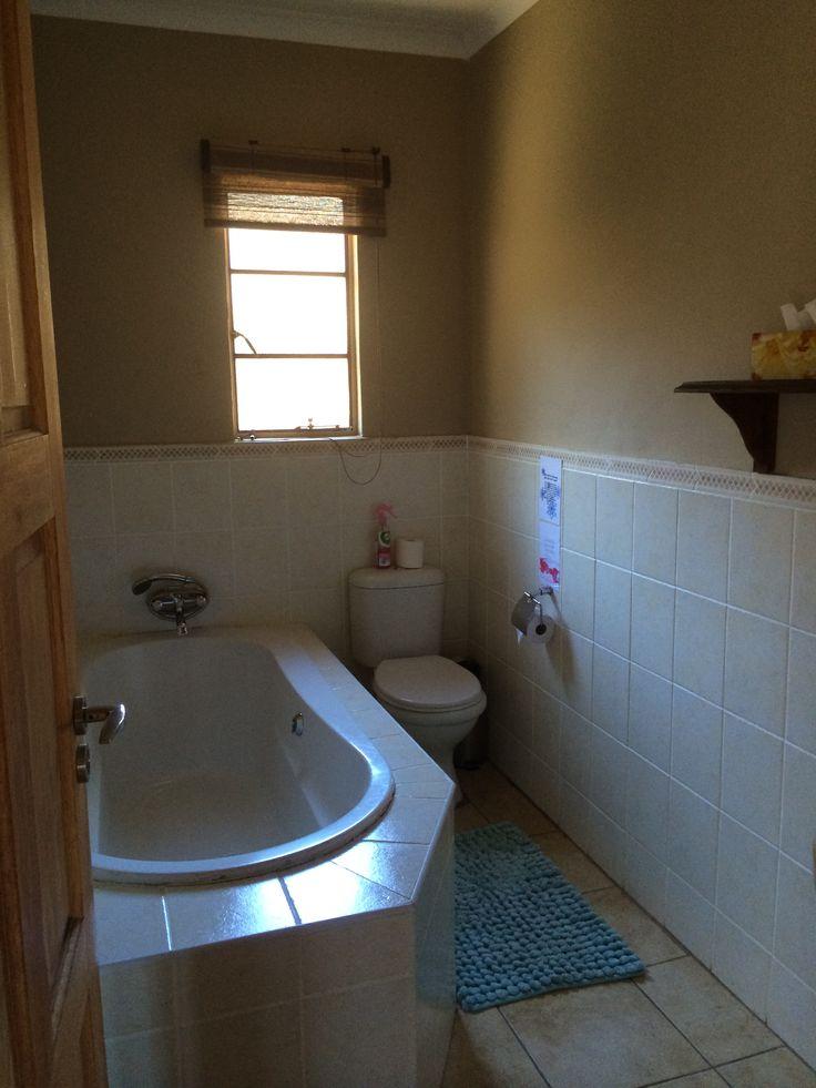 Main bathroom in Kingfisher