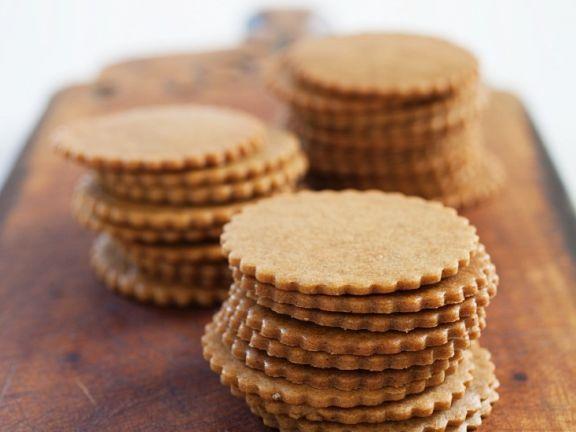 Dinkel-Gewürzplätzchen ist ein Rezept mit frischen Zutaten aus der Kategorie Plätzchen. Probieren Sie dieses und weitere Rezepte von EAT SMARTER!