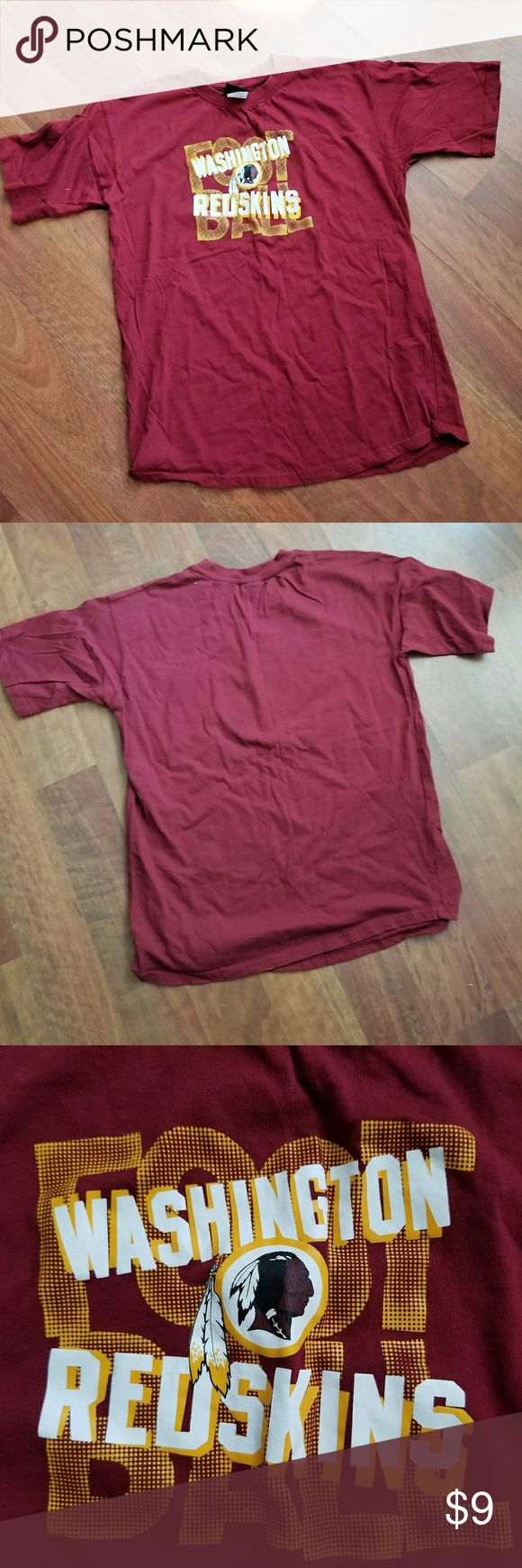 Washington Redskins Football Team T shirt Size L Great condition! NO stains or holes but does have average wear. Great for the Redskins fan. Size Large Shirts Tees - Short Sleeve