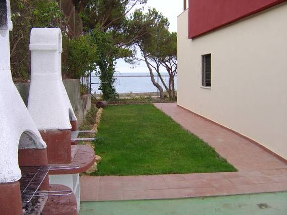 13 best huelva casas con barbacoa en fotoalquiler images on pinterest barbacoa bbq and dorm rooms - Alquiler casa mazagon ...