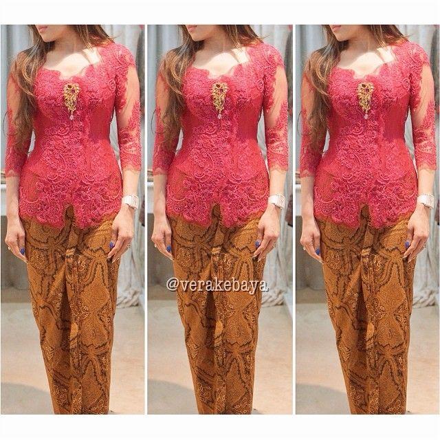 Fitting 60% #kebaya #batik #red #verakebaya ❤️❤️❤️ - verakebaya @ Instagram