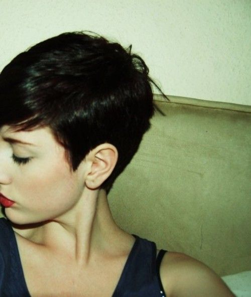 I would love to have this short of hair...