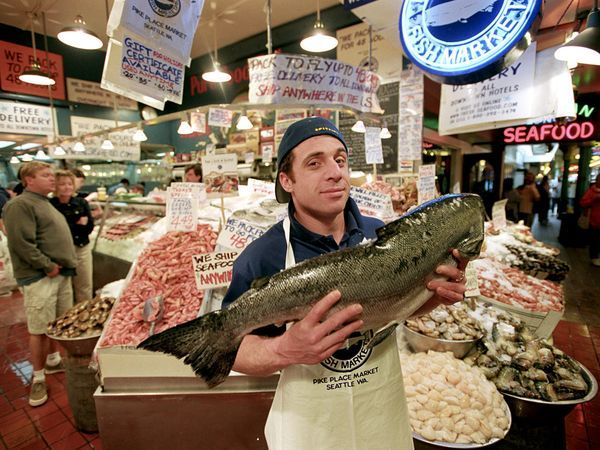 been to this fish market. they throw the fish around and sometimes make the customers participate in catching the fish and kissing them!