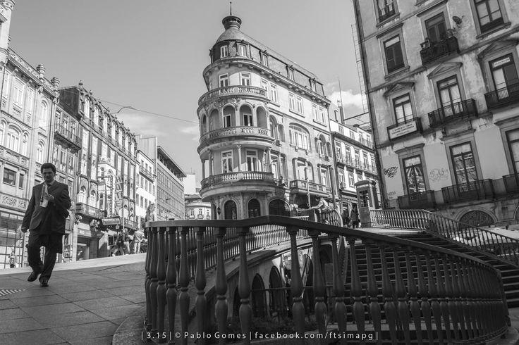 [2015 - Porto / Oporto - Portugal] #fotografia #fotografias #photography #foto #fotos #photo #photos #local #locais #locals #europa #europe #pessoa #pessoas #persona #personas #people #cidade #cidades #ciudad #ciudades #city #cities #street #streetview @Visit Portugal @ePortugal @WeBook Porto @OPORTO COOL @Oporto Lobers