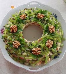 Рецепт салата Малахитовый браслет - Салаты на День рождения от 1001 ЕДА