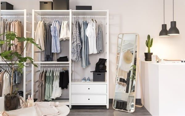 les 25 meilleures id es de la cat gorie dressing ouvert sur pinterest v tements personnalis s. Black Bedroom Furniture Sets. Home Design Ideas