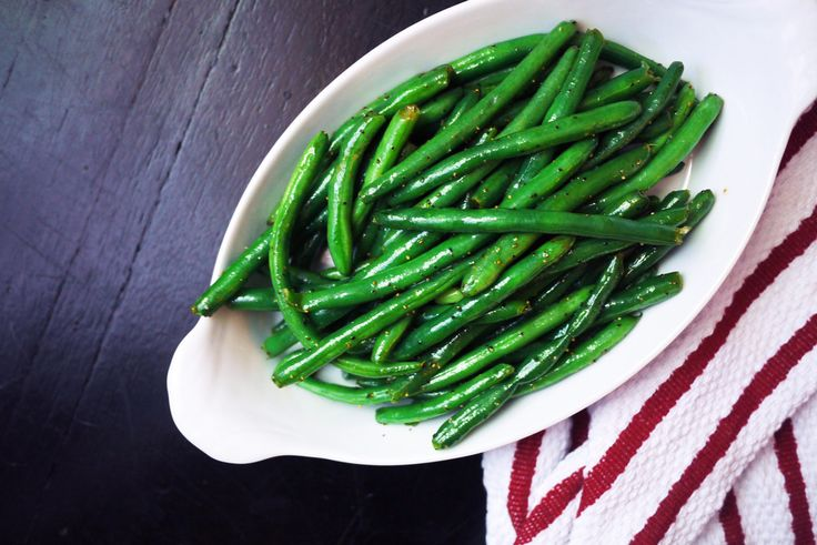 Easy Green Bean recipe: Seven-Minute Green Beans for a super quick side dish on your busiest weeknights | Cool Mom Eats