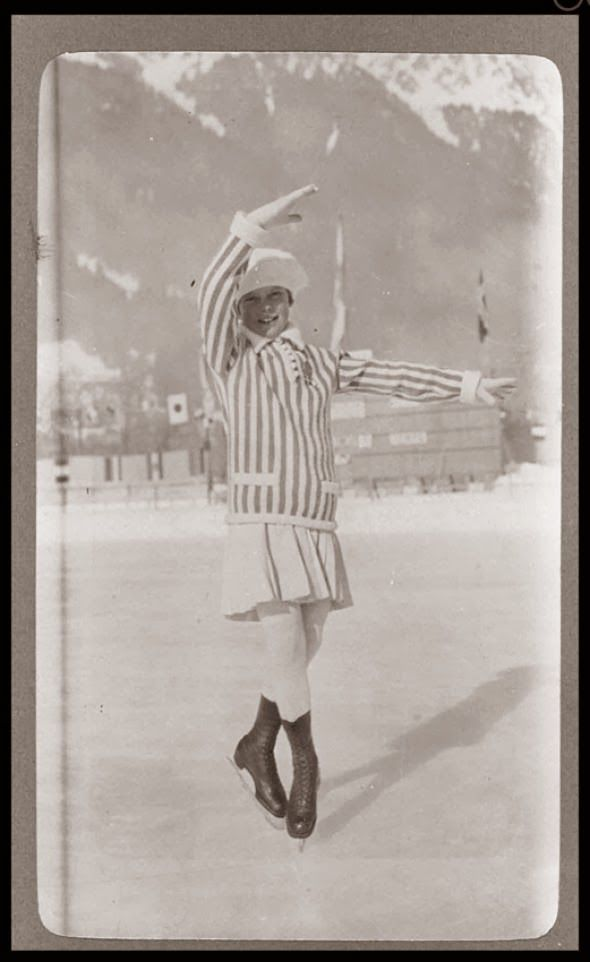 SONJA HENIE AT 11 YRS OLD.  CAME BACK AND WON A GOLD IN 1928, 1932 AND 1936 OLYMPICS The Athletes of the First Winter Olympics in 1924   (TAG: LINK=>MANY MORE VINTAGE PHOTOS INCLUDING THAT OF THE 1924 OLYMPICS; PUBLIC DOMAIN)