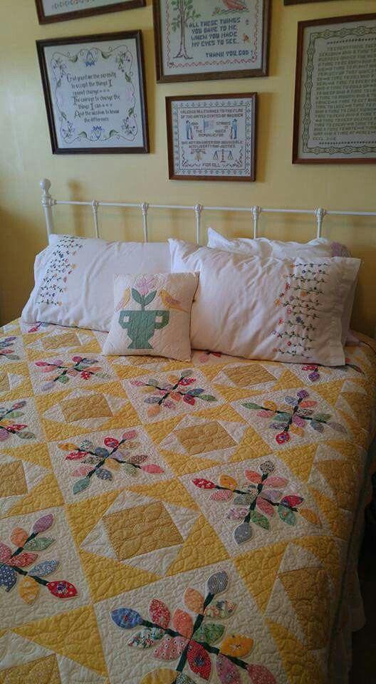 Wonderful cottage bedroom!