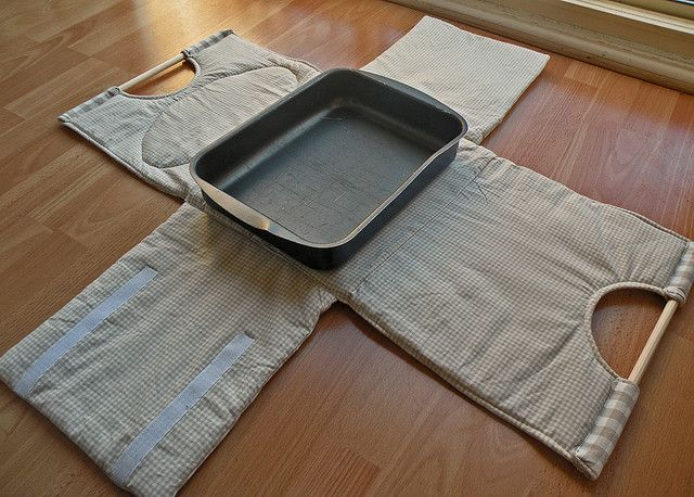 casserole carrier by countrykitty, via Flickr