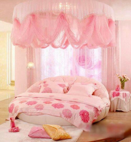 Pink Canopy Bed : Pink canopy bed.♡♥♡  Cricket  Pinterest  Pink and Canopies