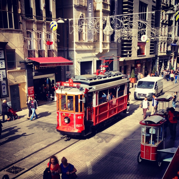 • İstanbul • Taksim, İstiklal tramway
